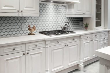pom-pure-white-scallop-mosaic-kitchenbacksplash_preview